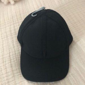 NWT STEVE MADDEN HAT